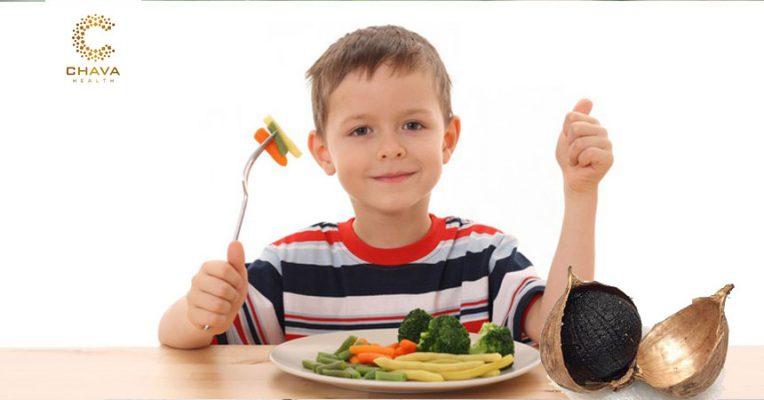 trẻ em có ăn được tỏi đen không